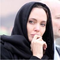 Анджелина Джоли, вес