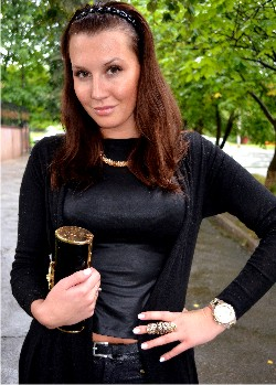 Уличный стиль осени 2013: пастель, total black и аксессуары