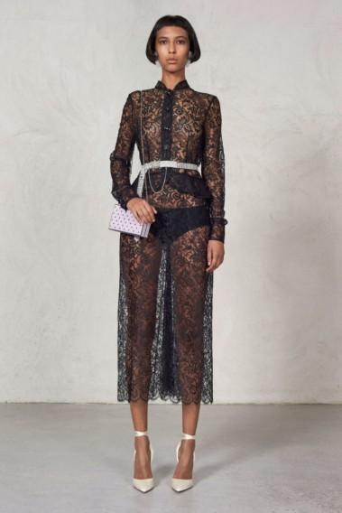 3dab0db52b8 Такие варианты модных платьев предлагают нам дизайнеры на новый сезон.  Остается только найти ваш цвет и подходящий под вашу фигуру фасон.