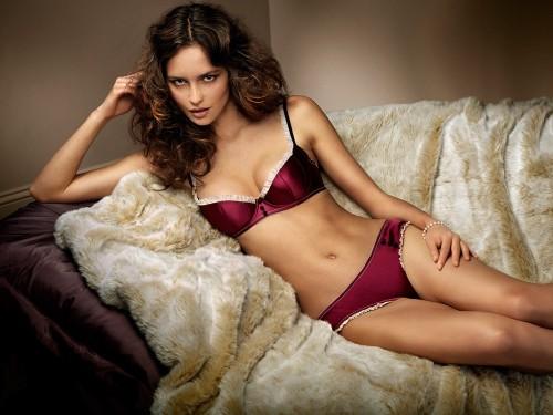 Женское нижнее белье. Модные тенденции 2010